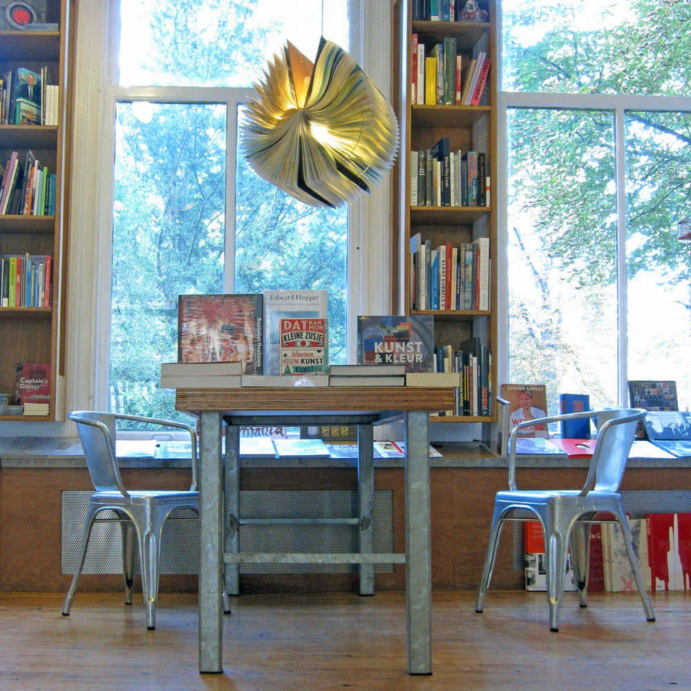 Upcycle Book Lamp Rotterdam