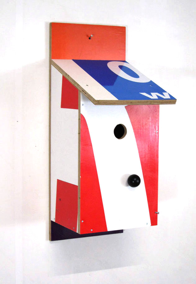 Billbirdhouse Blue & White & Red