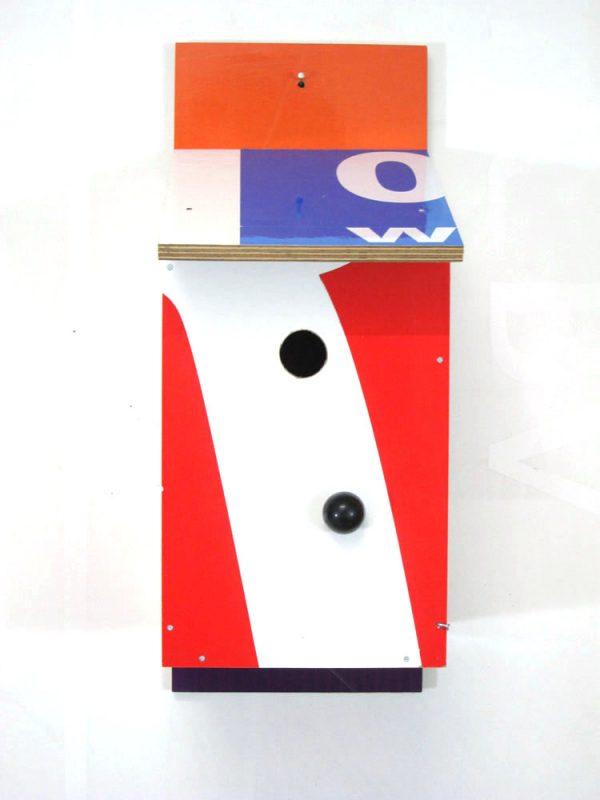 Billbirdhouse Blue & White & Red