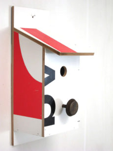 Billbirdhouse Red & White recycle design