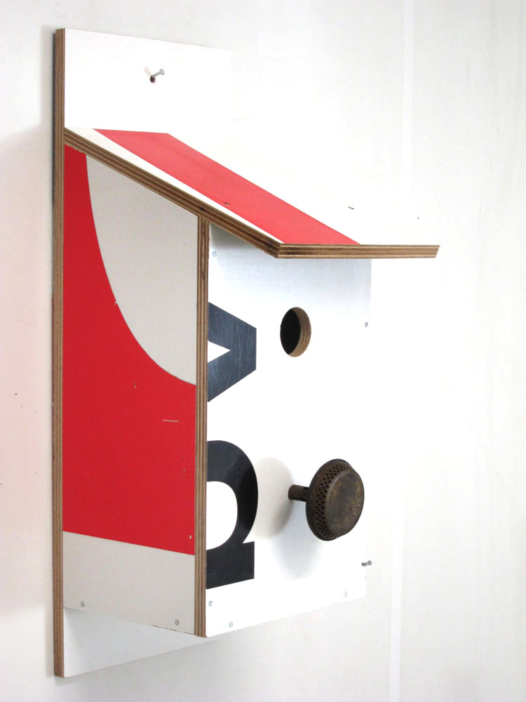 Billbirdhouse Red & White recycle design