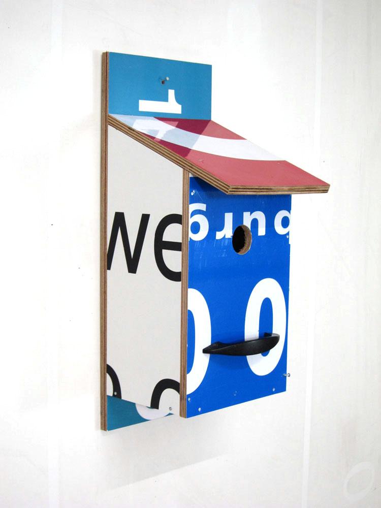 Billbirdhouse Red & Blue & White recycle design