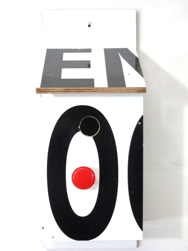 Billbirdhouse Black & Red recycle design