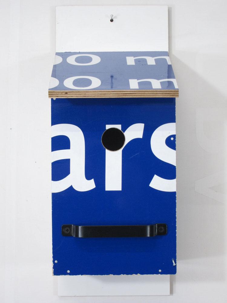 Billbirdhouse Blue & White recycle design