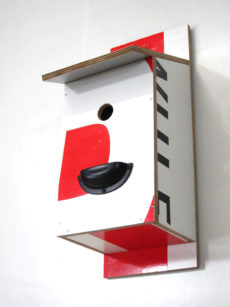 Billbirdhouse Red, White & Black recycle design
