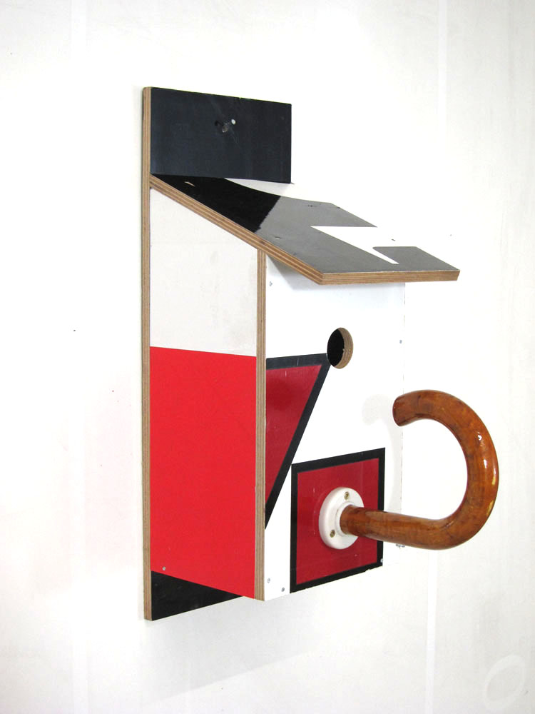 Billbirdhouse Black, Red & White recycle design